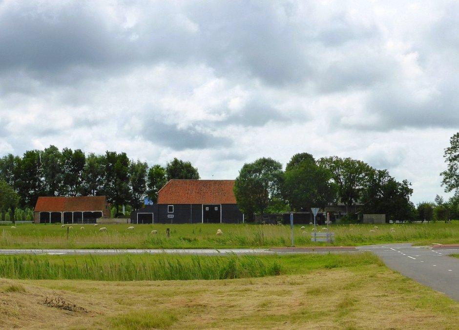 Boerderij net buiten middelburg zeeland op foto for Boerderij te koop zeeland