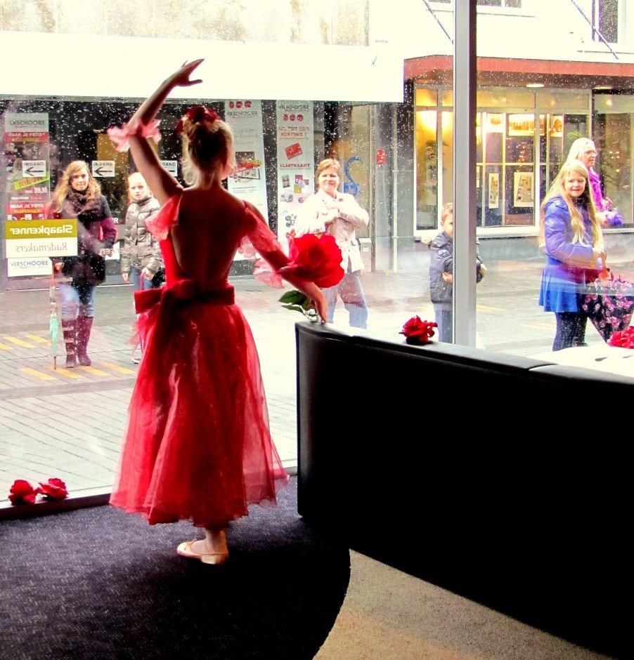 online dansers weinig in Terneuzen