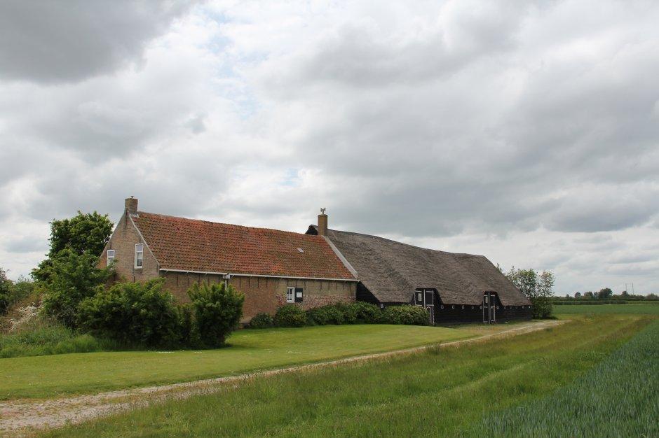 Oude boerderij in zuid beveland zeeland op foto for Boerderij te koop zeeland