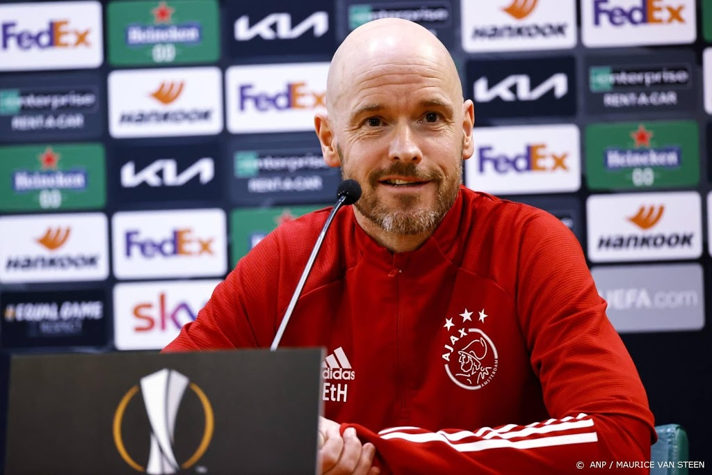 Ajax-trainer Ten Hag noemt Super League rampzalig idee