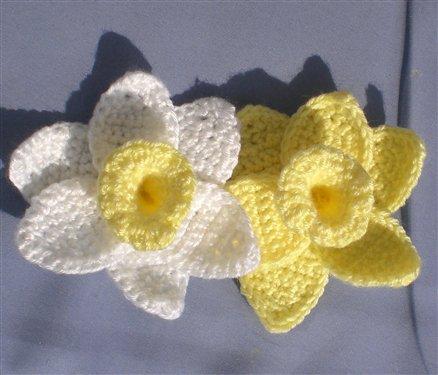 Free Pattern Crochet Daffodil : Lente! - Blij dat ik brei