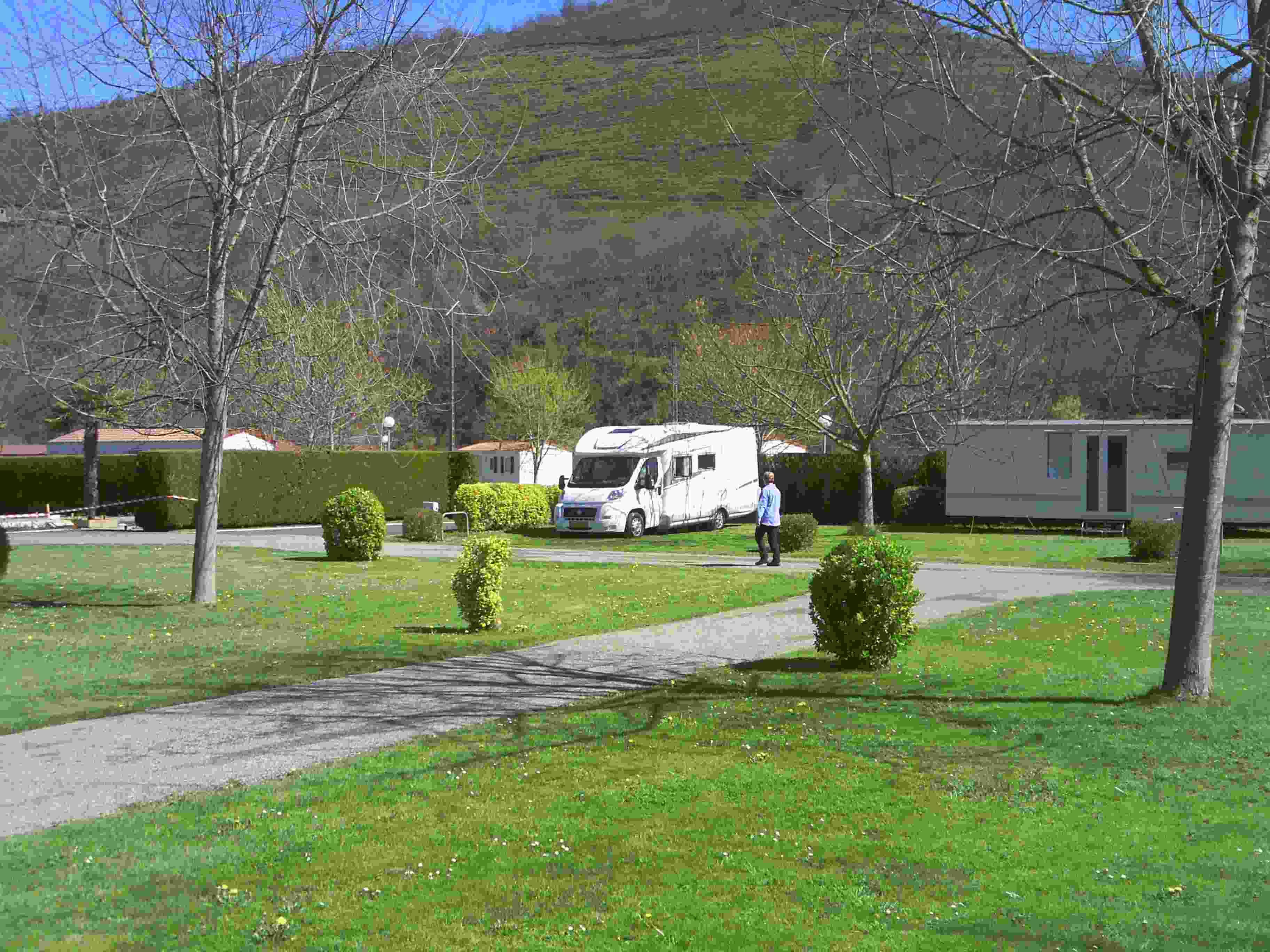 Op weg naar roncevalles dag 3 te voet naar santiago de compostela - Europ camping st jean pied de port ...